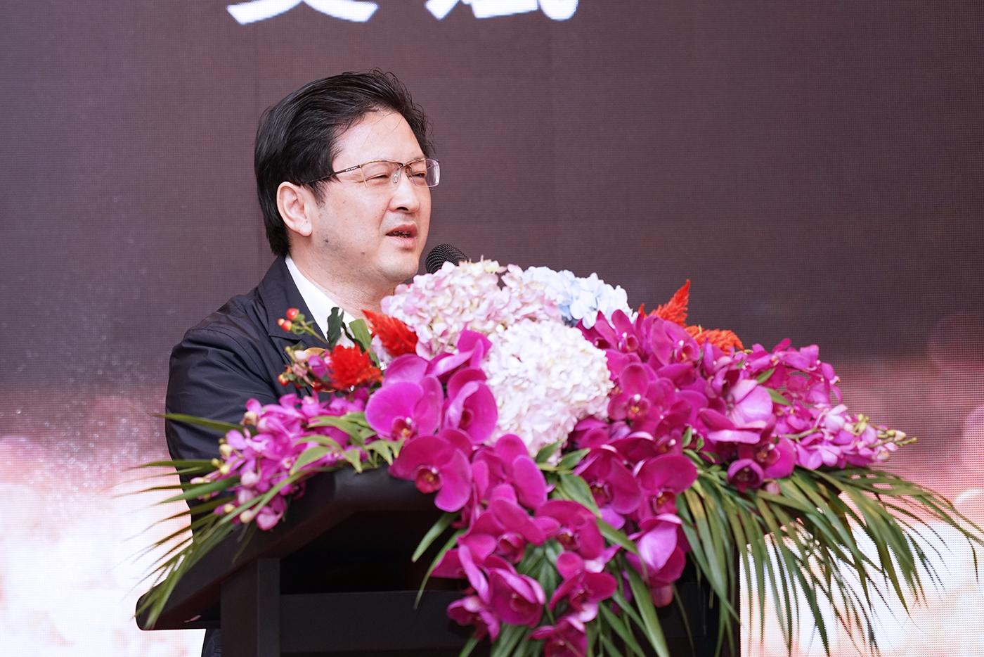 上海市闵行区常委、副区长吴斌出席开幕活动并致辞。