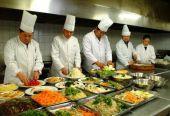 疫情改变中国餐饮业生态 加速行业洗牌