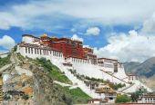 """3200万人次寻找""""诗和远方"""",西藏旅游强劲复苏"""