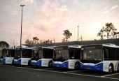 """新能源公交车面临""""电池焦虑"""" 天越冷暖风越不敢开大"""