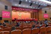 松江政协委员王英建议以花文化产业带动浦南乡村旅游