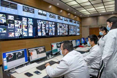 国内外120余家医院远程协同做手术