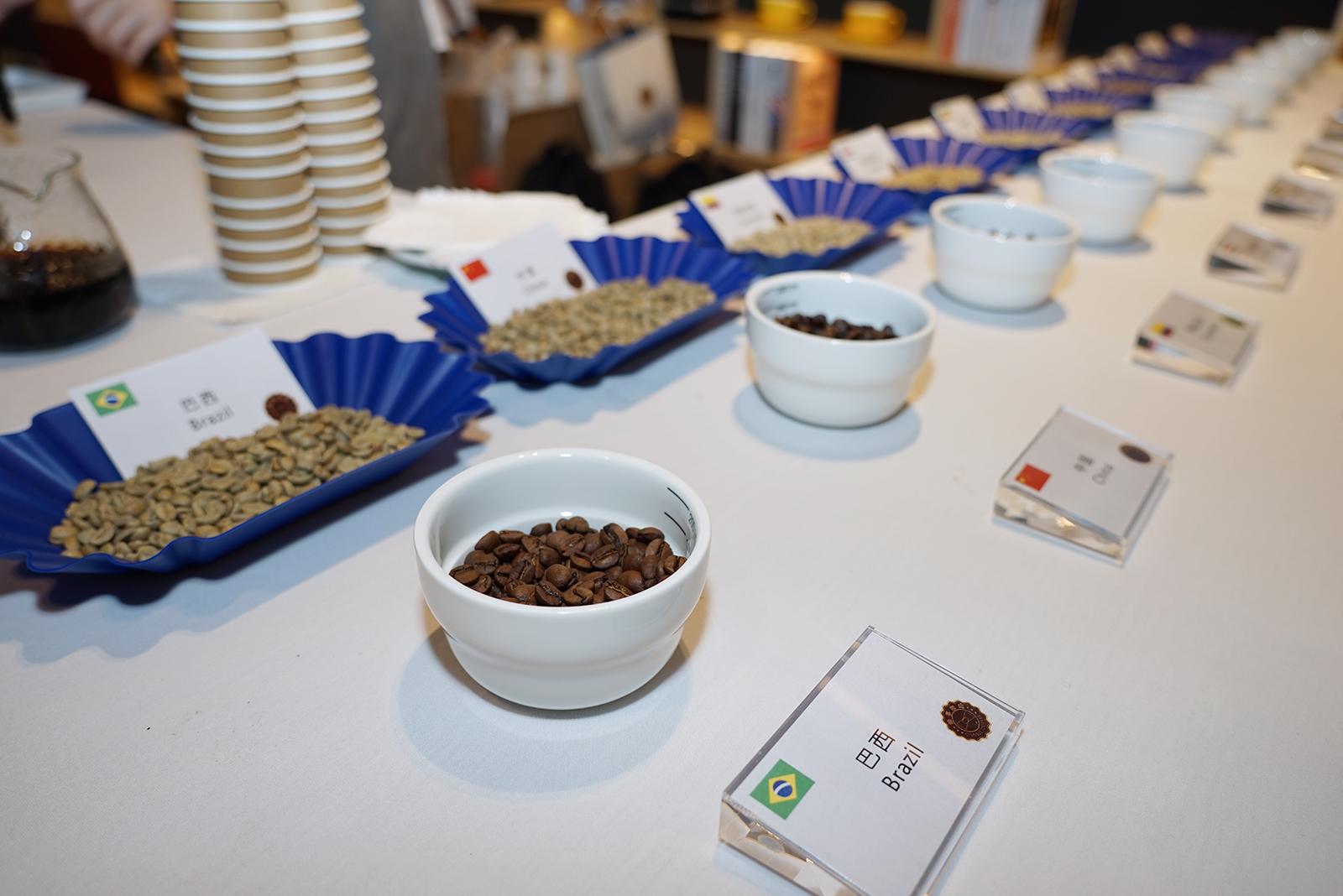虹桥国际咖啡港咖啡文化购物集和虹桥国际咖啡文化月活动同步启动。